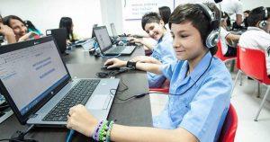 LA EDUCACIÓN Y TECNOLOGÍA PARA UN MEJOR APRENDIZAJE