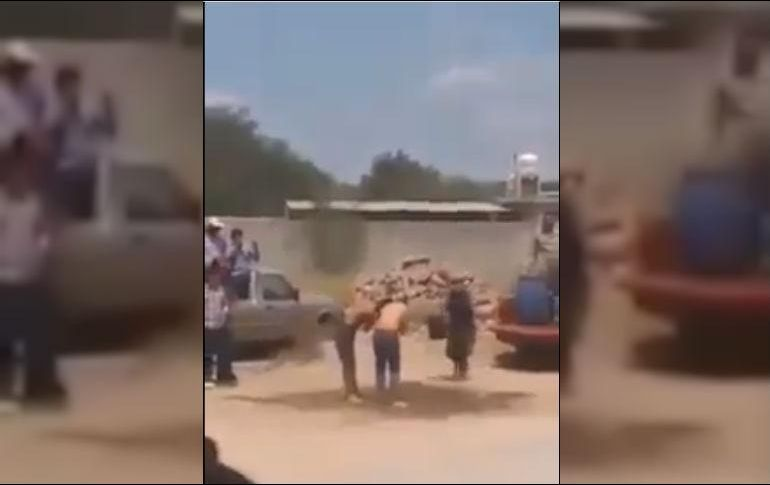 VÍDEO: INDIGNA NOVATADA EN UASLP