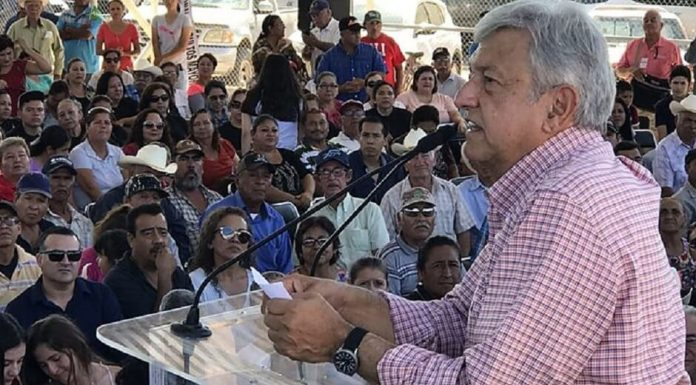 AMLO CUMPLIRÁ CON LOS MAESTROS