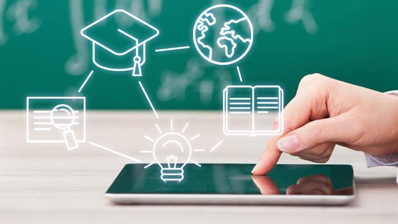 Proyectan en Granma Plataforma de Aprendizaje en línea