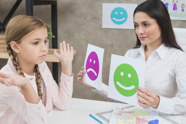 niños expresando sus emociones